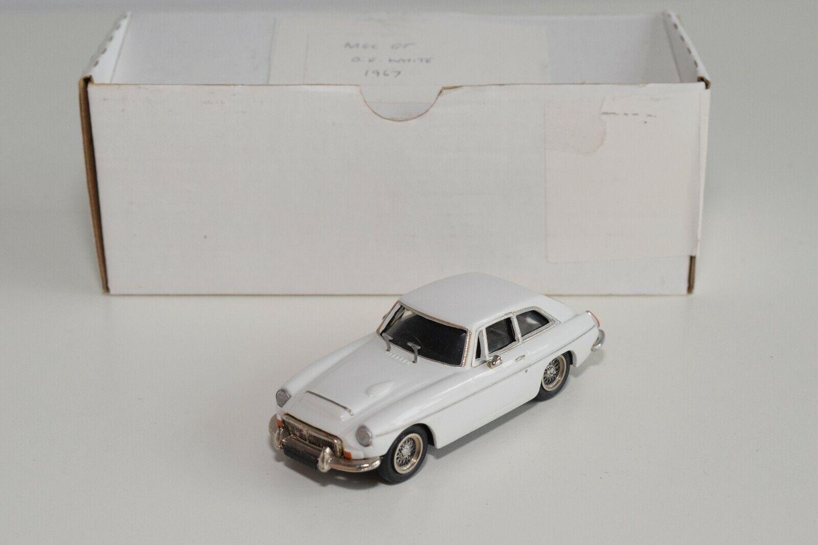 FF 1 43 TOP MARQUE TOPMARQUE  MG C MGC GT 1967 OLD ENGLISH blanc MIB RARE  meilleurs prix