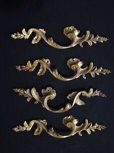 4-poignees-en-bronze-style-louis-XV