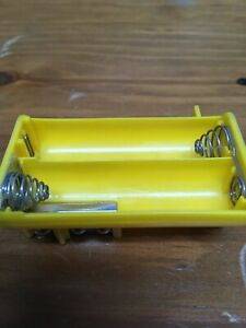 Yellow-Battery-Holder-Tray-Radio-Shack-Pro-79-82-93-95-96-97-106-164-404-649-651