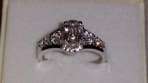 * Brillant * Marks & Morgan Bijoutiers Sterling Silver White Sapphire Ring (taille 7)-afficher Le Titre D'origine MatéRiaux De Qualité SupéRieure