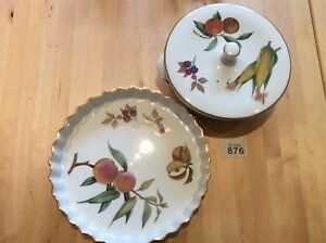 ROYAL-WORCESTER-BOWL-With-Lid-amp-QUICHE-PLATE-Dish