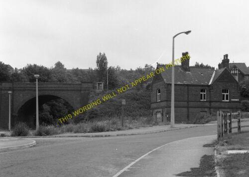 St 4 Ann/'s Well Sherwood Railway Station Photo.Daybrook Nottingham Line.