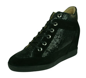 Geox D Carum C Womens Wedged Leather