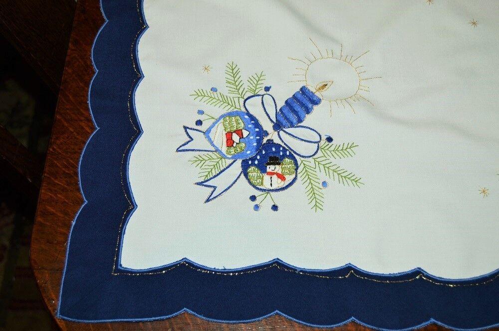 A Blau CHRISTMAS OF SNOWGLOBE ORNAMENTS  VTG GERMAN TABLECLOTH TABLECLOTH TABLECLOTH SNOWMAN VILLAGE 49e037