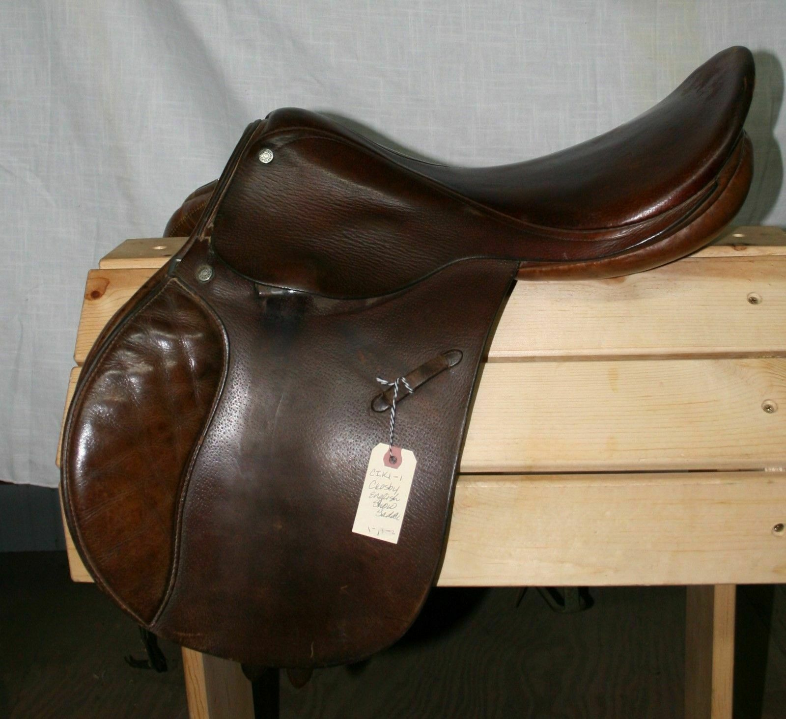 Used Crosby AP English Saddle  16 Seat