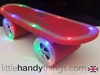 Audio-docks & Mini-lautsprecher Tv, Video & Audio SchöN Top Led Flashing Skateboard Red Mini Bluetooth Wireless Disco Speaker Boy/girl Ideales Geschenk FüR Alle Gelegenheiten