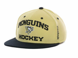 Pittsburgh Penguins Reebok Center Ice Flex Fit Hat Size S M New NHL ... 6438401c0dc1