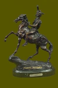 Hot-Calco-Scultura-in-Bronzo-su-Marmo-Basamento-da-F-Remington-034-Cute-034-Indiano