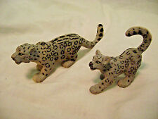 2 Safari Ltd. Snow Leopard/Cub Figurines-2003-Handpainted