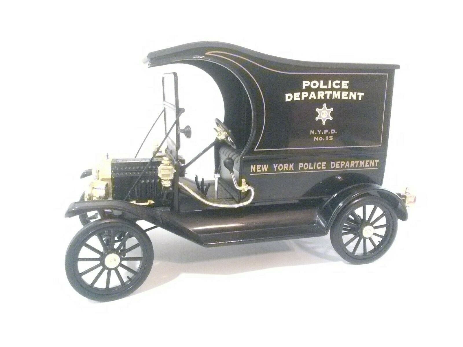 FORD MODEL T (N.Y. POLICE DEPT.) UNIVERSAL HOBBIES 1 18 scale LOOSE CAR NO BOX