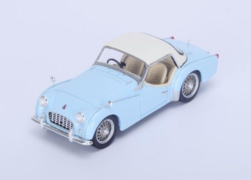 Triumph TR3 Hard Top  Light blu 1956 (Spark 1 43   S4946)