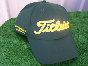 sports shoes 681d9 cb358 ... hat red 434585590 f05e0 01fdc  coupon code for image is loading titleist  university of oregon ducks performance adjustable snapback 27264 27992