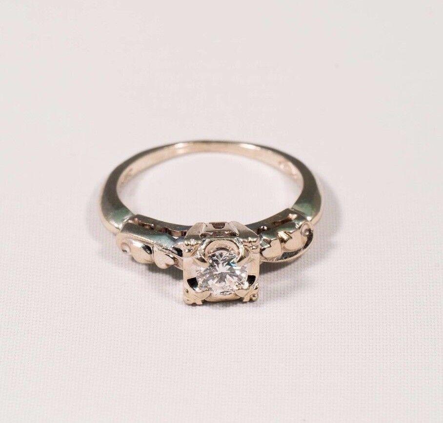 14K White gold 1940's Diamond Engagement Ring w Antique Mount, size 6.5