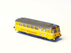 88021-Marklin-Z-scale-5-POLE-Track-Cleaning-BR-724-Railbus-measurement-car