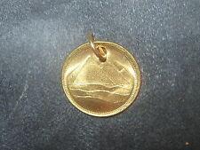 18MM EGYPTIAN EGYPT GOLD VINTAGE TUT DESERT PYRAMID COIN PENDANT CHARM