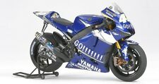 Tamiya 14116 1/12 Model Kit Yamaha Team YZR-M1 '05 V.Rossi/C.Edwards MotoGP