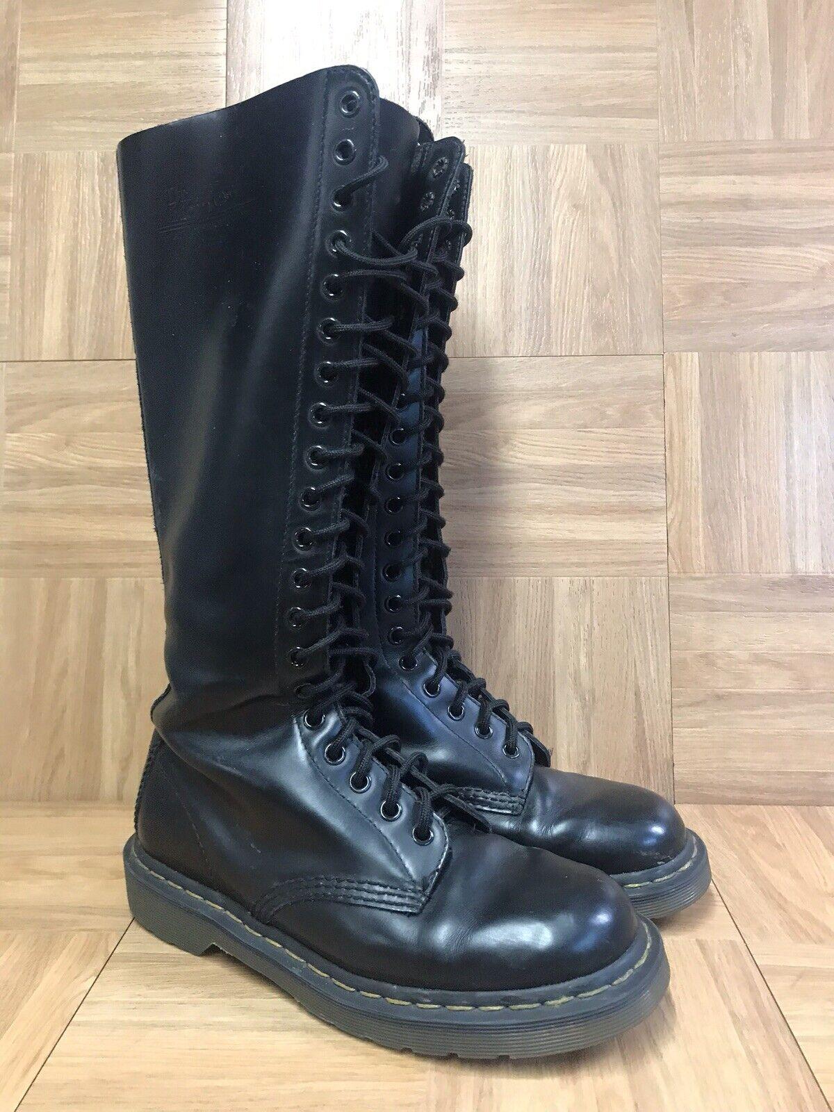 grande sconto RARE Dr Martens 20 Eye Tall nero nero nero Leather stivali Dimensione 7 Uomo - 8 Donna  LE  vendita online sconto prezzo basso