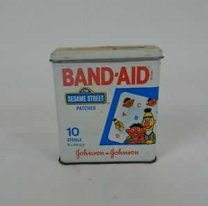 1991-Johnson-amp-Johnson-Sesame-Street-Band-Aid-Tin-Bert-and-Ernie-Empty-4603