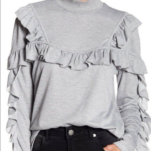 NWT Romeo & Juliet Couture Ruffle Detail Sweater Size M