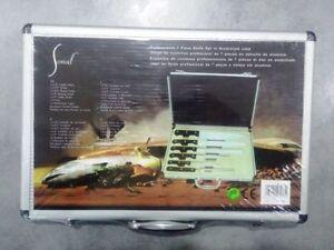 Set coltelli con valigia in alluninio idea regalo cucina pezzo