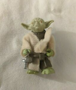 Vintage-1980-Yoda-w-Robe-Belt-Cloak-Star-Wars-ESB-Action-Figure-LFL-Hong-Kong