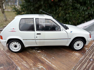 205-Rallye-Solido-echelle-1-18eme-neuve-longueur-19cm