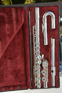 Jupiter Flute JFL 511E with straight and curved head,no tested/flauto doppia tes