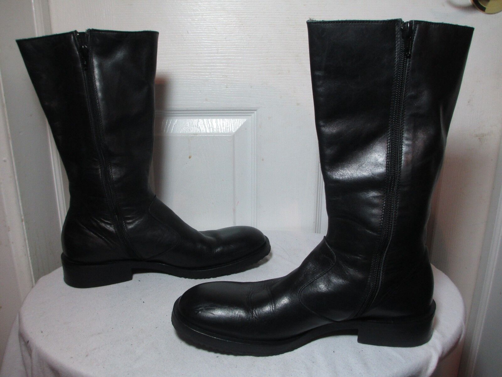 GIORGIO ARMANI WOMEN BLACK LEATHER MID-CAL ZIP BOOTS ½ US 10 MADE IN ITALY