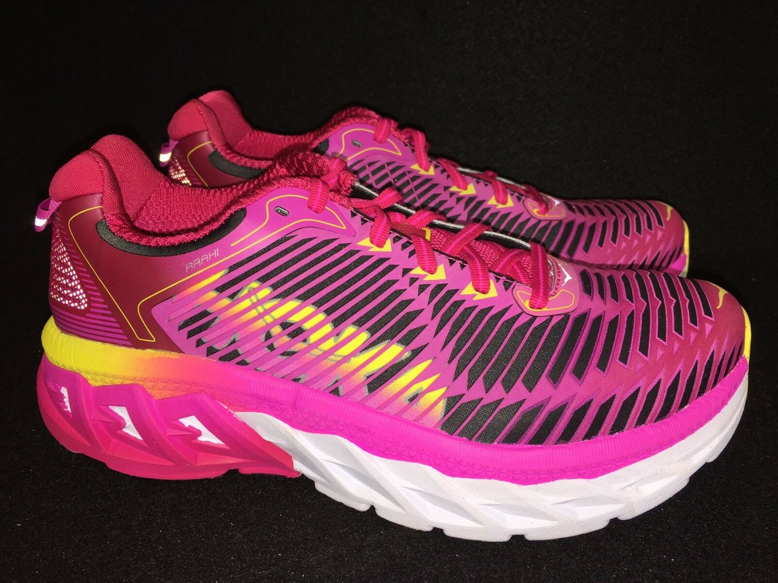 HOKA ONE ONE ARAHI Virtual Pink Neon Fuchsia RUNNING SHOES Tennis Athletic Women