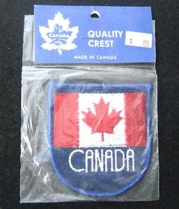 CANADA-EMBROIDERED-SEW-ON-ONLY-PATCH-TOURIST-SOUVENIR-MAPLE-LEAF-NIB-2-3-4-034-x-3-034