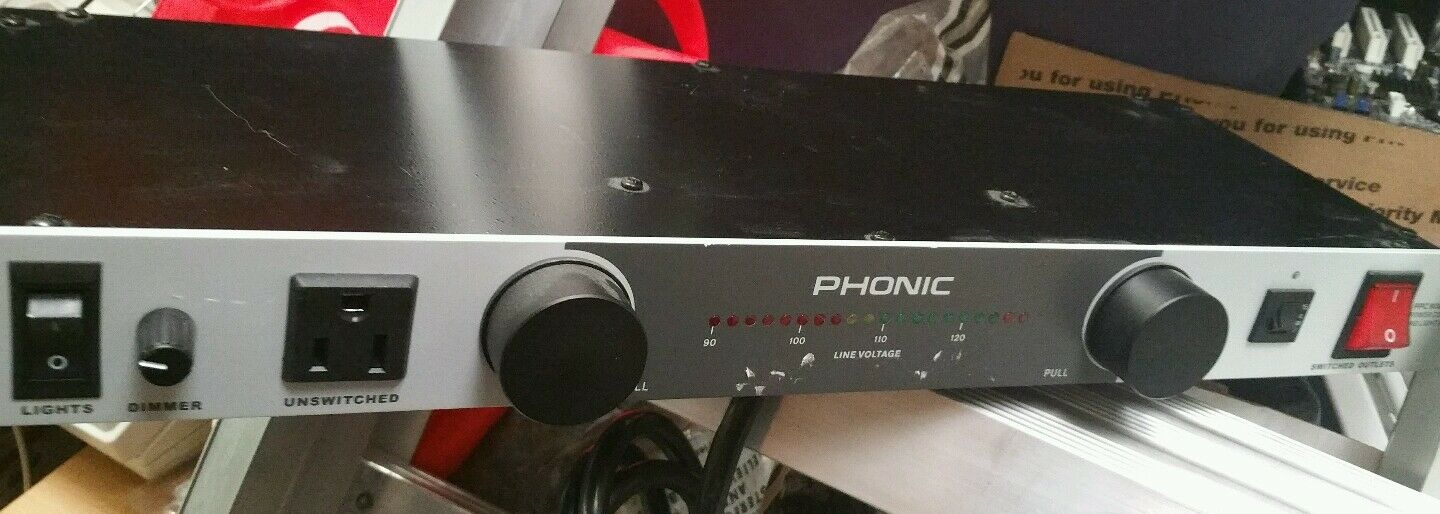 Phonic PPC 9000 Power conditioner and light module