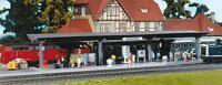 Faller 120200 Spur H0 Bahnsteig mit laufenden Figuren