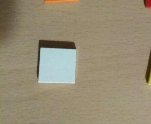 LEGO 2 X 3068b//3068 Tile 2 x 2-diverses couleurs x 2