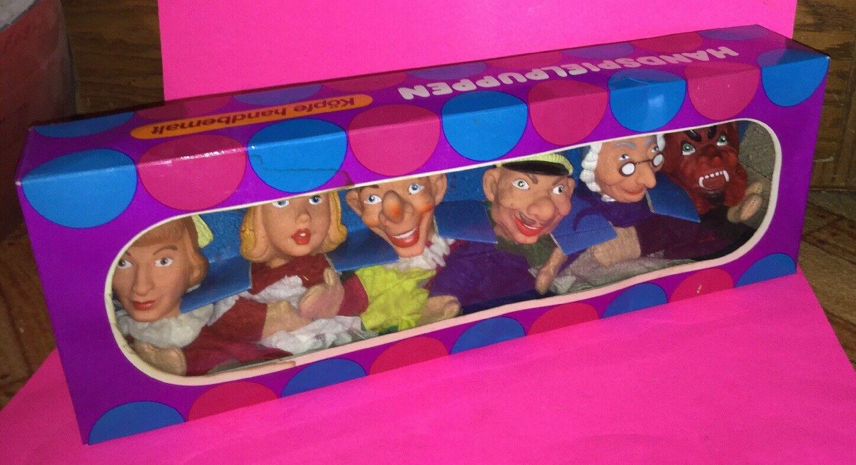 Set of 6 Vintage Handspielpuppen Fairy Tale Hand Puppets (Kopfe Handbemalt)