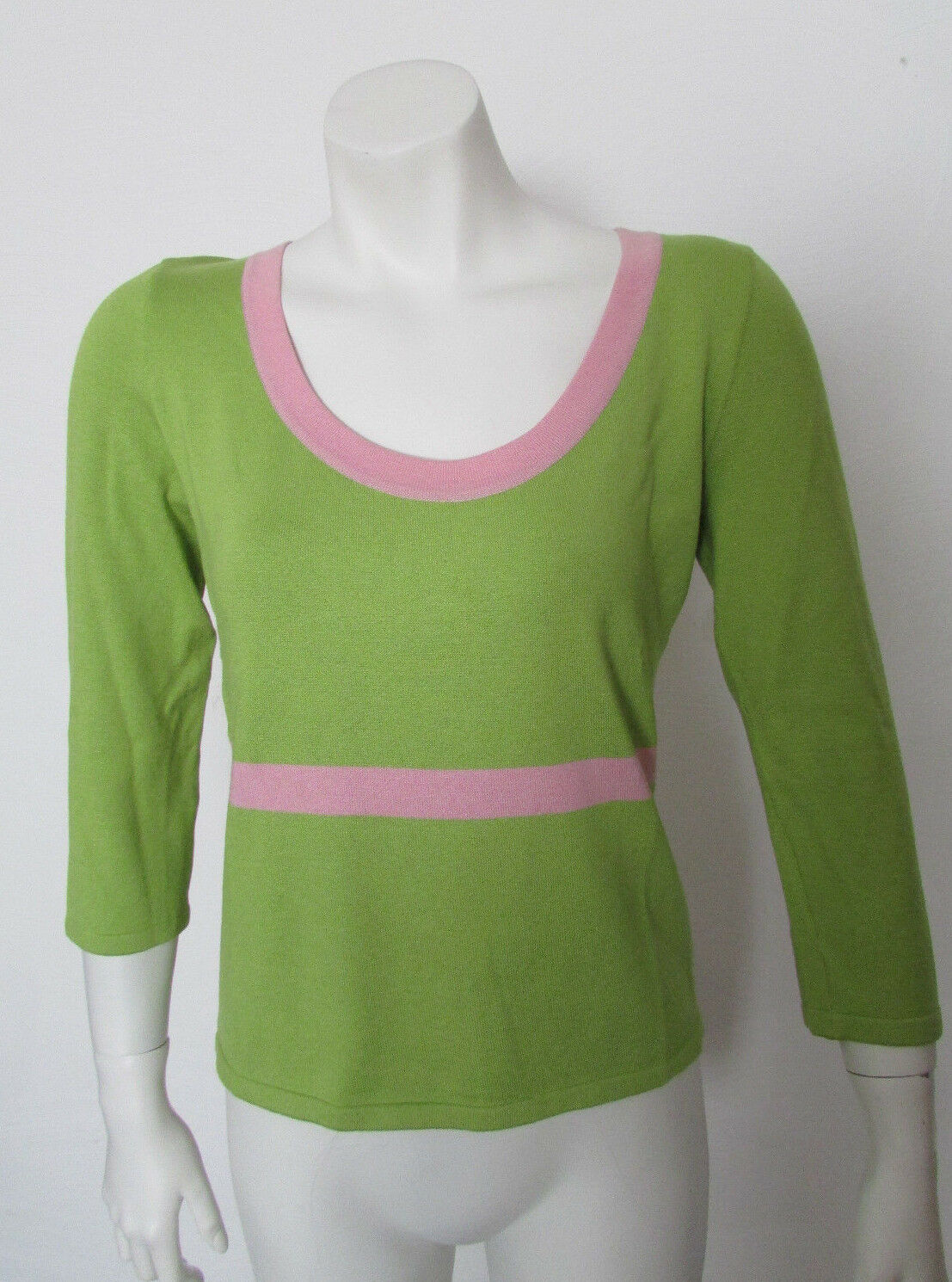 Valentino knit top blouse sweater sz Large Grün Rosa trim cut out back
