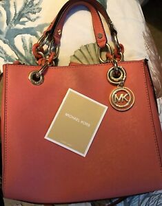 5de80af92c0114 Image is loading NWT-Michael-Kors-Cynthia-Small-Saffiano-Leather-NS-