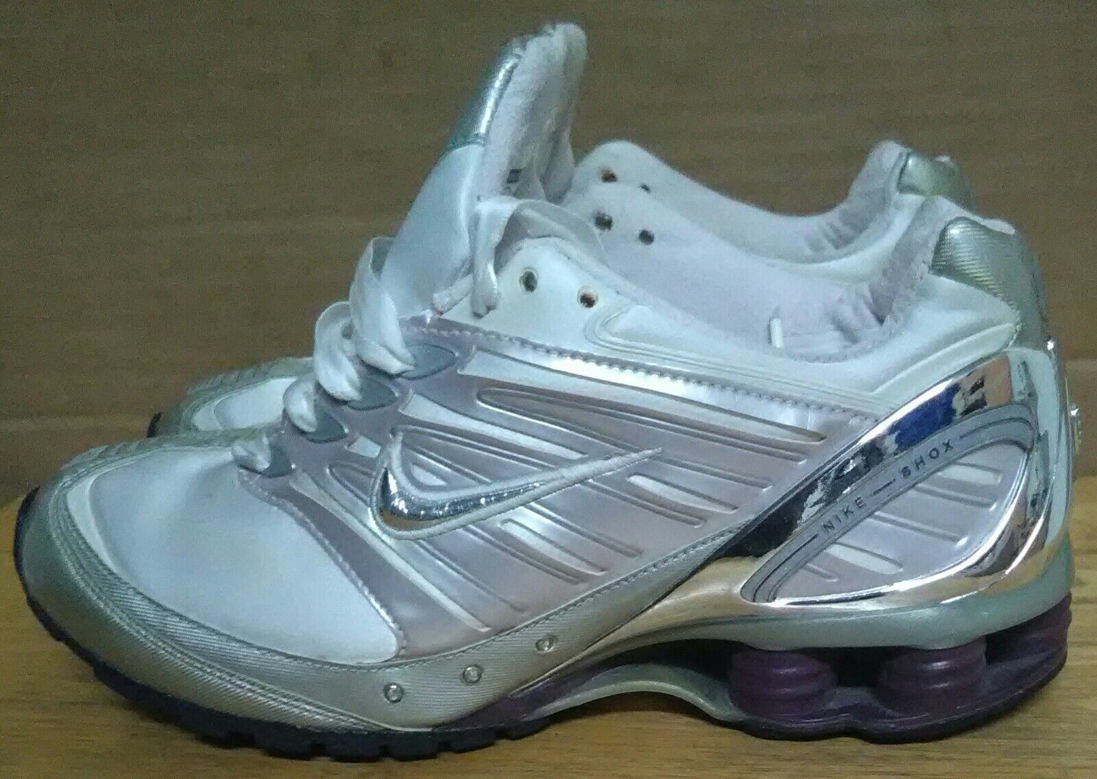quality design af62d 932ce NIKE SHOX GO GO GO 050507 WOMEN S RUNNING CROSS TRAINING SHOES  White Silver. SIZE 7 b2c699