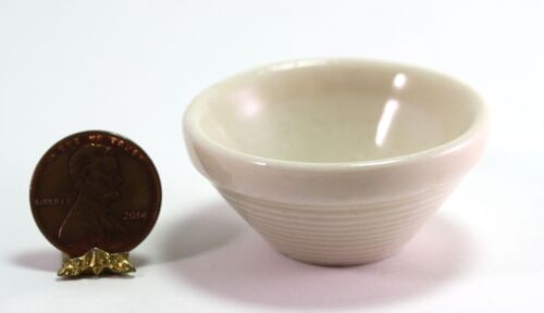 """Dollhouse Large /""""Stoneware Look/"""" Mixing Bowl in Creme"""