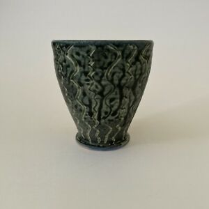 Mid-Century-Studio-Pottery-Small-Blue-amp-Green-Incised-Vase-Cup