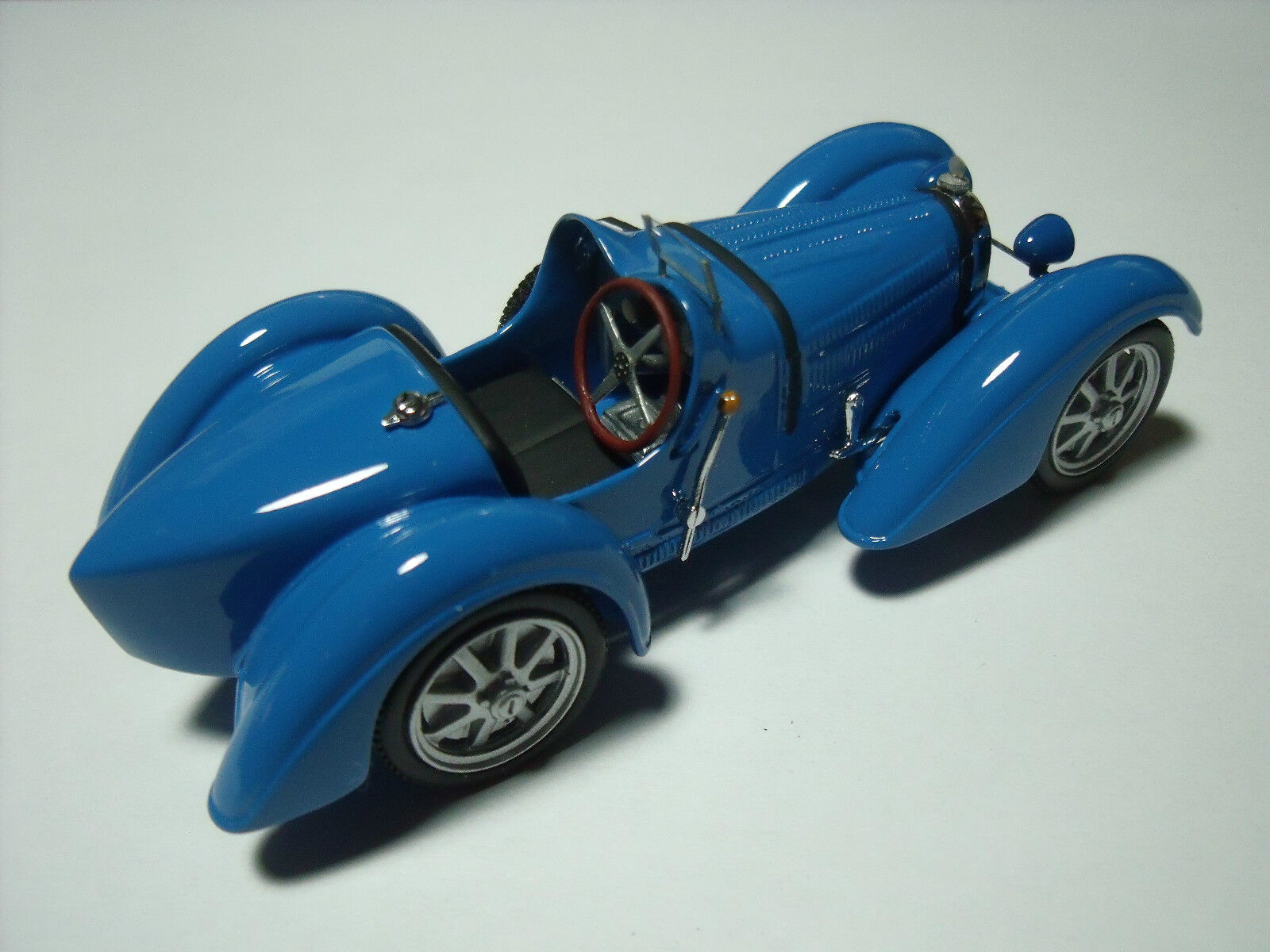 BUGATTI  35  B  VERSION  MUSEE  SCHLUMPF  VROOM  KIT A  MONTER  1 43  NO  SPARK