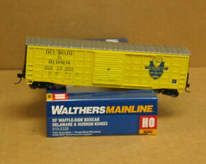 Walthers-910-2325-HO-Delaware-amp-Hudson-50-039-Waffle-Side-Boxcar-24069