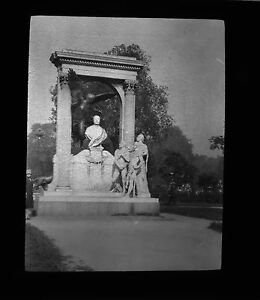 Lantern-Slide-8x8cm-Elaborate-Monument-to-an-unknown-to-me-Dignitary-Statesman