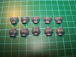 5-Space-Marine-Command-Squad-Torsos-bits