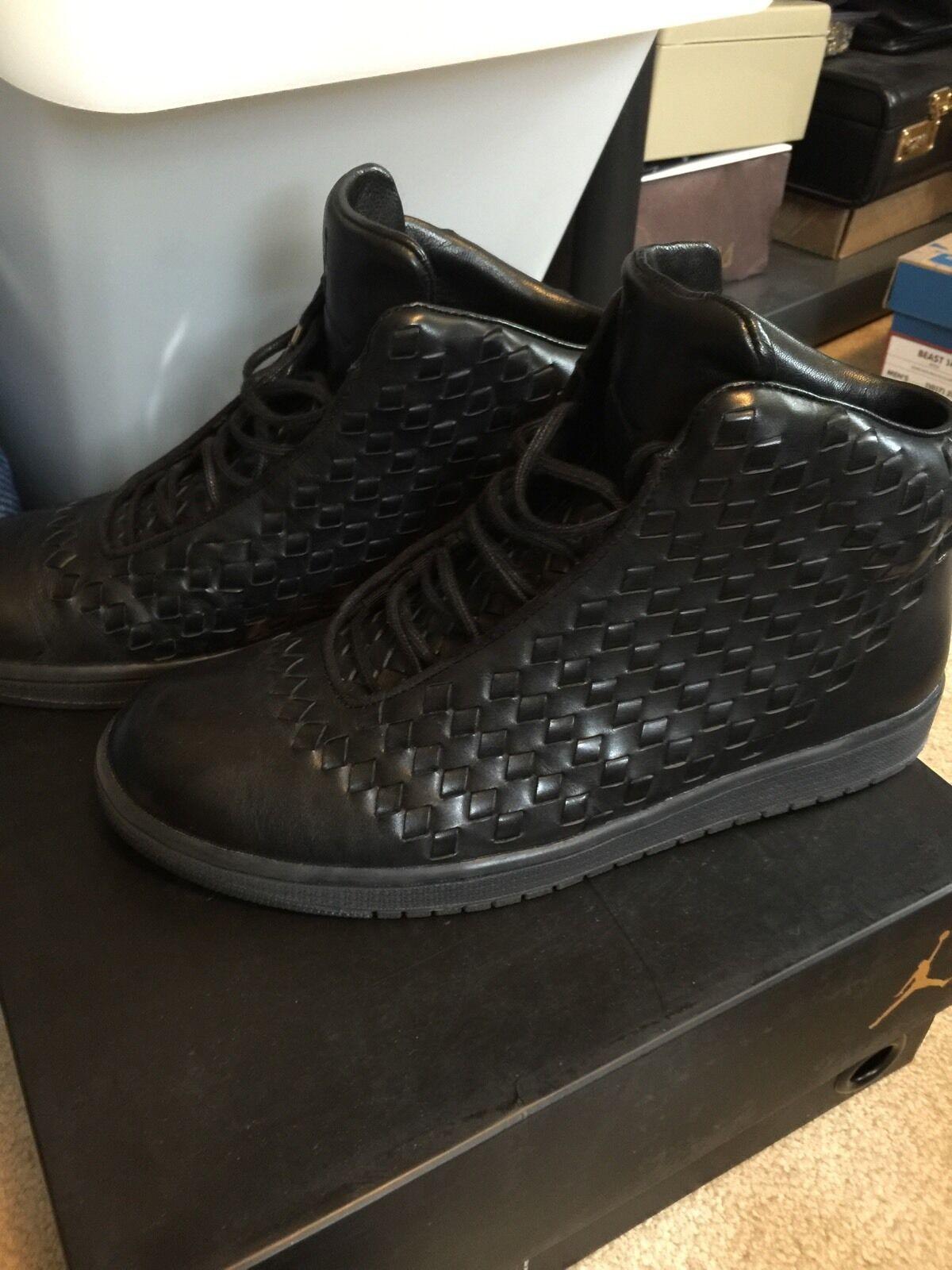 Nike Jordan Shine Black SZ 11.5 ( 689480-010 )