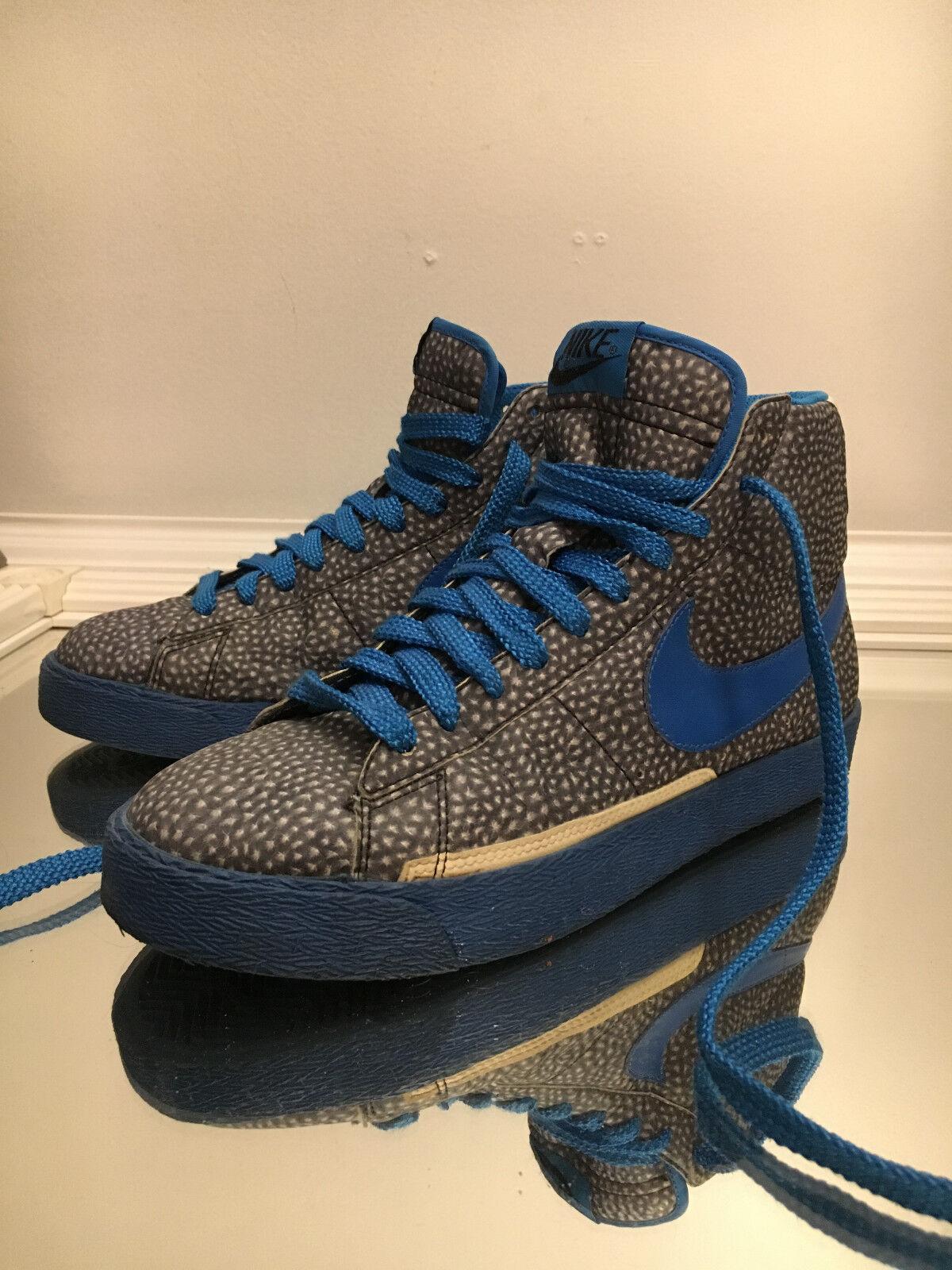 RARE  Nike Blazer High Premium Photo bluee Glow In The Dark Size 8.5 312457-041