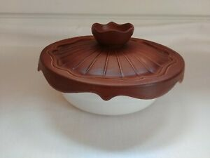 VINTAGE-MIRAMAR-OF-CALIFORNIA-2PC-CASSEROLE-RETRO-DISH-BROWN-LID-135