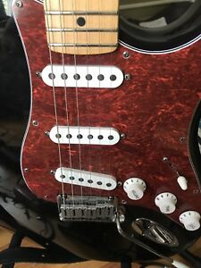 American Standard Fender Stratocaster Made In Usa With