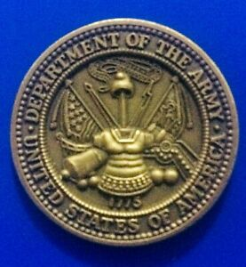 1545-Jolie-Medaille-034-Departement-of-The-Army-United-States-of-America-034