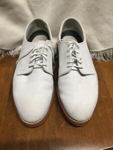Walk over shoes Sz 11w  WHITE SUEDE made in USA