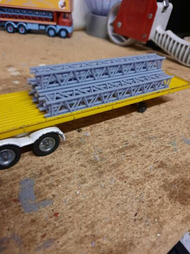 Code 3 Circus//Showmans telescopic  Gantry//king pole load 1:50 scale.